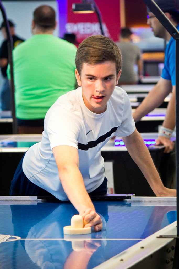Colin Cummings, Air Hockey World Champion